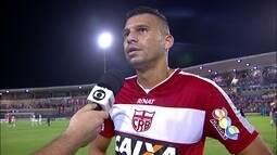 """Neto Baiano marca em vitória do CRB e desabafa: """"Não concordo com a reserva"""""""