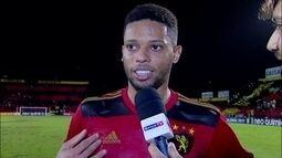 """André comemora dois gols na goleada do Sport sobre o Atlético-GO: """"Aqui eu sou feliz"""""""