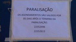Funcionários do Detran em Petrópolis, RJ, fazem paralisação e cobram salário atrasado