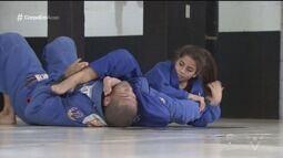 Lutadora de jiu-jitsu de Guarujá conquista diversos títulos