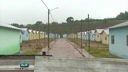 Sete anos após enchente, moradores de Barreiros continuam à espera de moradias