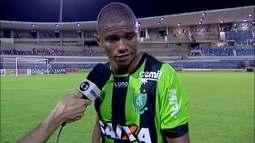 """Juninho lamenta derrota do América-MG para o CRB: """"Agora é ter paciência"""""""
