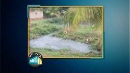 VC no MG TV: Moradores reclamam do vazamento de esgoto em Alpercata