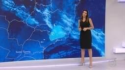 Frente fria mantém temperatura baixa em Belo Horizonte nesta quarta-feira