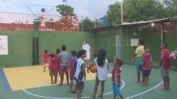 Em Macapá, projeto social usa basquete para retirar crianças da rua