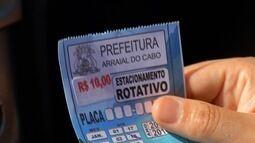 Turistas denunciam Prefeitura de Arraial por uso de cartões clonados no estacionamento