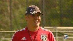 Eduardo Batista é apresentado como novo técnico da Ponte Preta