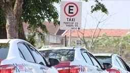 Prefeitura de Florianópolis identifica dois taxistas que negaram corrida para família