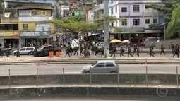 Após quatro dias de cerco à Rocinha, chefe do tráfico continua foragido