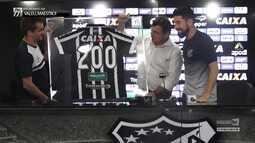 Vozão TV - O meia Ricardinho foi homenageado pelos 200 jogos com a camisa do Ceará