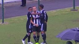 Os gols de Figueirense 2 x 1 Santa Cruz pela 29ª rodada da série B do Brasileiro