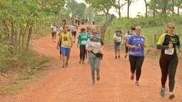 Apaixonados por corrida de rua, desfrutam da natureza em prova ambiental