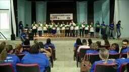 Feira de educação reúne estudantes em Volta Redonda, RJ