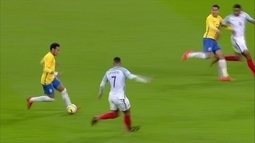 Jornalistas analisam empate entre Brasil e Inglaterra