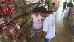 Feriado prolongado divide opinião de comerciantes e consumidores em Rio Branco