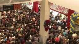 Comércio da capital fica lotado na Black Friday