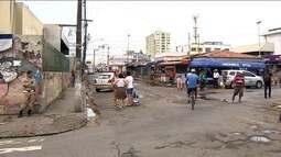 Feirantes são retirados de área no entorno do terminal do Centro de Aracaju