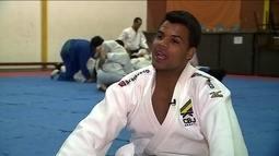 Judoca Luciano Correa decide se aposentar e pretende focar em projeto social