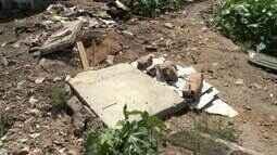 Terrenos transformados em lixões causam transtornos no bairro da Gruta