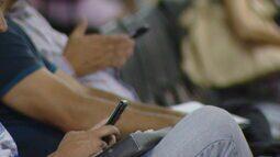 Prefeitura de Divinópolis (MG) proíbe uso de celular no atendimento público