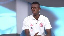 Vinícius Jr diz que prefere amadurecer no Flamengo