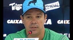 Paysandu apresenta Dado Cavalcanti como novo treinador