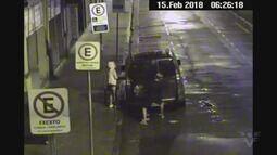 Casal é flagrado furtando carro no Centro de Santos
