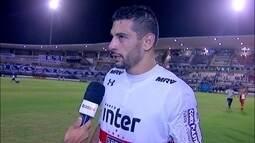 Diego Souza analisa partida e pênalti sofrido que gerou segundo gol do São Paulo