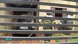 Incêndio destroi carro e danifica casa em Campo Grande