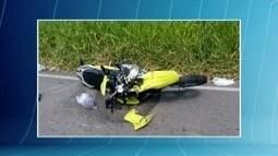 Motociclista morre após batida frontal com um caminhão na LMG 774, em Conselheiro Pena