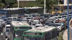 Protestos contra a reforma da previdência deixam o trânsito complicado na capital baiana