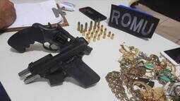 Vídeo mostra criminosos atirando após roubo em distribuidora
