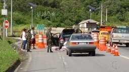 Exército faz bloqueio em rodovias do interior do Rio que fazem divisa com outros estados
