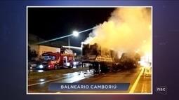 Giro: Bombeiro é atingido por fardo de papel de 2 toneladas durante atendimento em SC