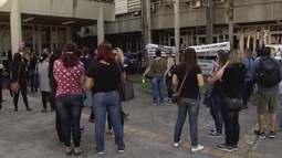 Professores da rede municipal de Cubatão entram em greve