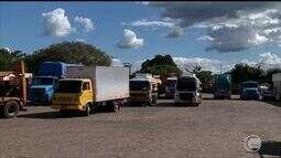 Caminhoneiros protestam e fecham rodovias em várias cidades do Piauí