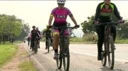 Cliclistas organizam 'pedal solidário' em Cachoeiro, no Sul do ES