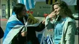 Uruguaios festejam vitória da Celeste