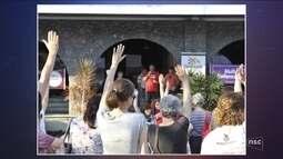 Servidores de Blumenau decidem encerrar greve após 10 dias