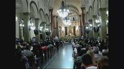 Fieis celebram missa sertaneja em Uberaba