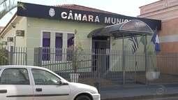 Presidente da Câmara de Dois Córregos é liberado após ser detido por porte de arma