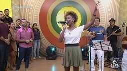 Parte 2: Jaque Santtos canta música vencedora da 33ª edição do Fecani