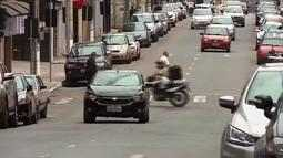 Trânsito segue desorganizado e com risco de acidentes em Barbacena