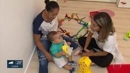 Oficina sensorial estimula equilíbrio entre brincadeiras reais e virtuais para crianças