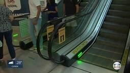 Ação orienta pais de crianças para prevenir acidentes em shoppings