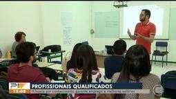 Investir em qualificação faz diferença no mercado de trabalho