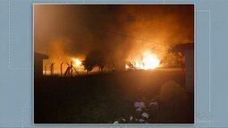 Incêndio atinge escola em Palmeira