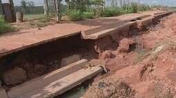 Situação precária de calçadas preocupa moradores de Bauru