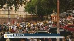 Milhares de fiéis percorrem ruas de Manaus em procissão de padroeira do Amazonas
