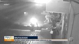 Bandidos roubam celular e atiram contra cadeirante em Assu